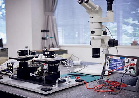 先端を駆ける研究者たち|材料信頼性工学研究室 - 東北学院大学 大学院 ...