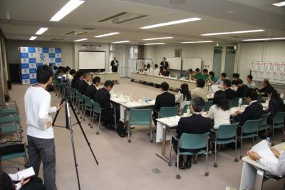 佐々木俊三学長室長より5つの提案がされました